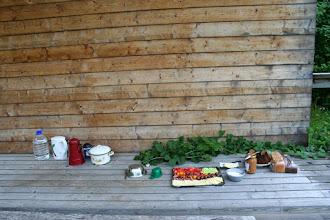 Photo: Hommikusöögi laud