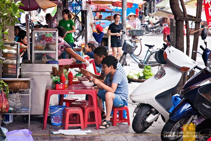 Street Food Hawker Hanoi Vietnam