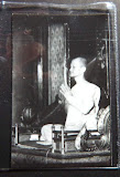 รูปถ่ายเจ้าคุณนร พระมหาอำพันสร้าง  เจ้าคุณนรฯ อธิฐานจิต