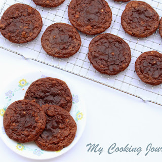 Flourless Chocolate Pecan Cookies