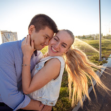 Wedding photographer Dmitriy Li (CompUS). Photo of 04.07.2017