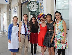 Photo: Grupo de alunas que participou no projeto com a professora Mafalda Saloio