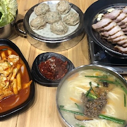 Jin Special Set C (Dumpling+Bossam+Kalguksu+Ddukbokki)