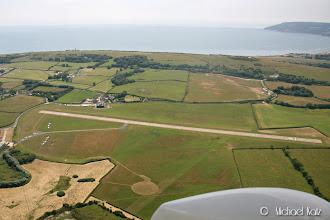 Photo: Inn for landing på RWY 12 på Bembridge Airfield