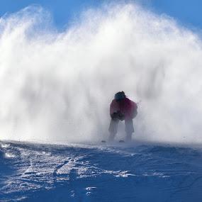by Simon Hanžurej - Sports & Fitness Snow Sports