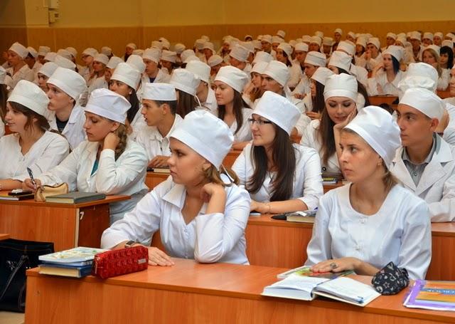 Експерт наголошує на проблемі із ліцензійними іспитами для медиків