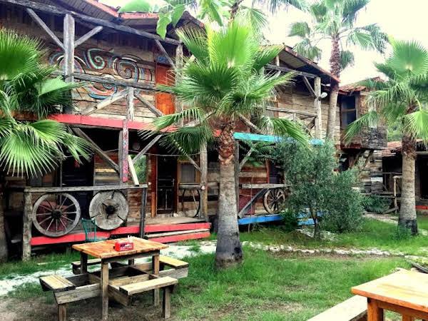 Kadir's Family Houses