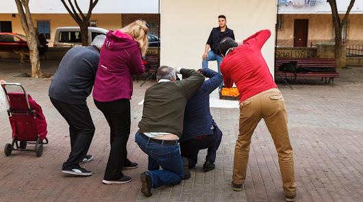 """El Grupo Indalo Foto busca a la """"gente del día a día"""" en su iniciativa 'Retratos en la calle'"""