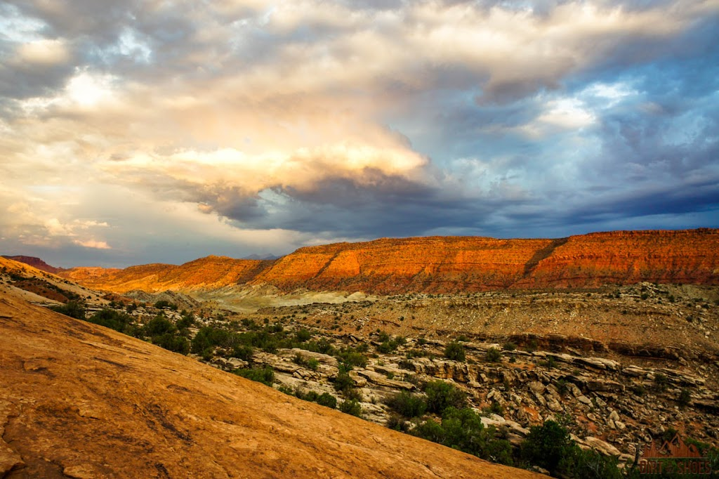 Delicate Arch Trail || Arches National Park Itinerary || Dirt In My Shoes