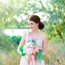 Wedding photographer Yuliya Volkova (JuliaElentari). Photo of 03.07.2015
