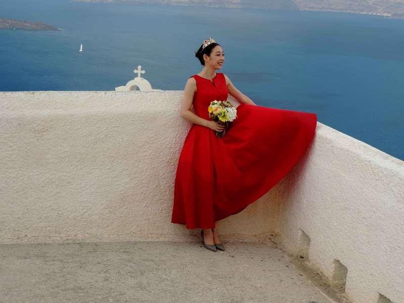 woman in red di renzo brazzolotto