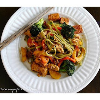 Pad Se Ew Tofu With Vegetable Noodles.