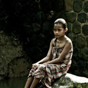 Bathing in the river by Basuki Mangkusudharma - People Street & Candids ( bathing, village, children, river )