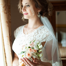 Wedding photographer Elena Astakhova (astahova1390). Photo of 19.11.2015