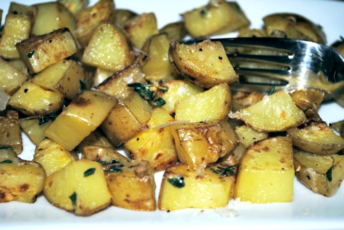 Herby Fried Potatoes Recipe