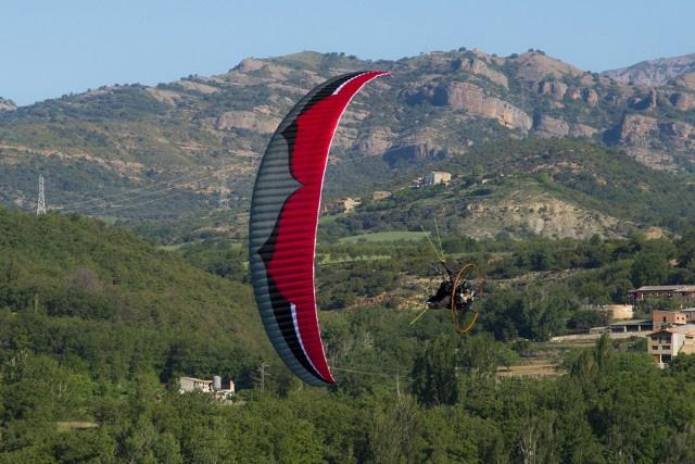 Ozone Viper 4 available from official ozone dealers only - FlySpain