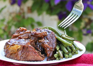 pot-roast with green beans.jpg