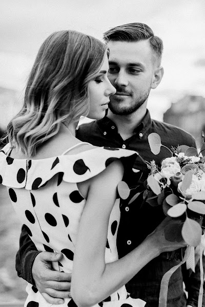 Wedding photographer Marina Belonogova (maribelphoto). Photo of 07.12.2017