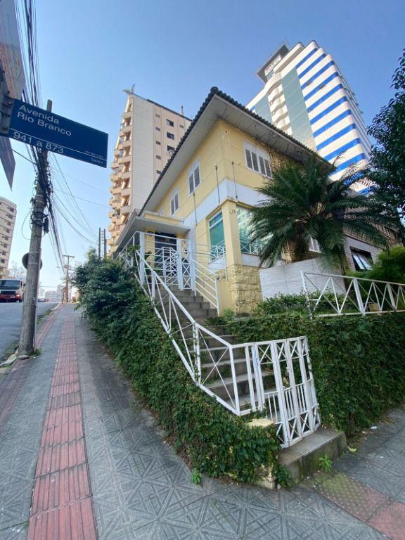 Casa Comercial para locação em localização privilegiada  no centro de Florianópolis.
