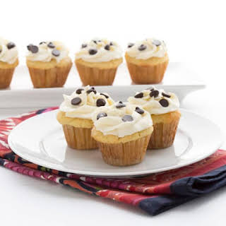 Mini Cannoli Cupcakes.