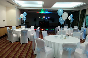DJ For Prom & School Discos In Bracknell | DJ CJ Disco