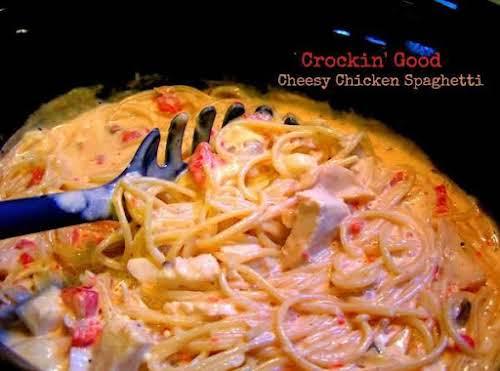 Click Here for Slow Cooker Recipe: Crockin' Good Cheesy Chicken Spaghetti No...