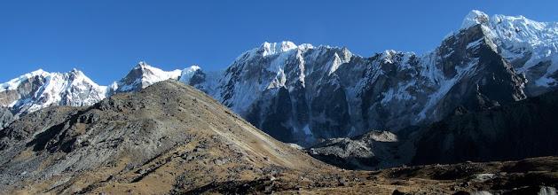 Photo: Dzonghla : Lobuche E et W
