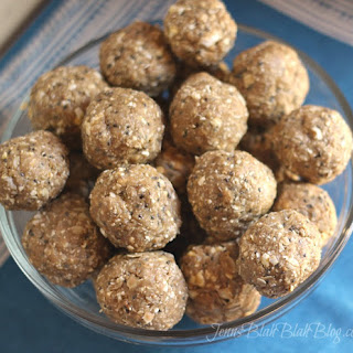 Energy Bites – No Bake Peanut Butter Balls Recipe with Chia Seed.