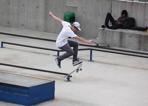 滑板精彩時刻