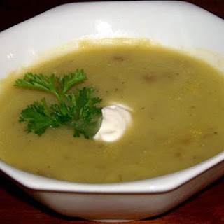 Hearty Leek and Yukon Gold Potato Soup