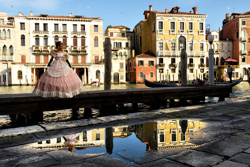 Venezia in una pozzanghera di BASTET-Clara