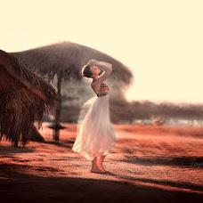 Wedding photographer Zoya Pavkina (ZoyaPavkina). Photo of 14.04.2016