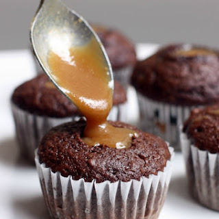 Caramel Filled Chocolate Cupcakes