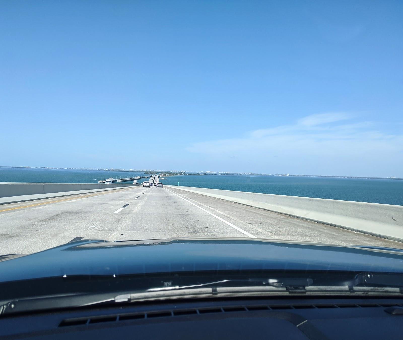 """קלירווטר רואדטריפ בפלורידה טיול בארצות הברית לאן הכי שווה לנסוע בארה""""ב"""