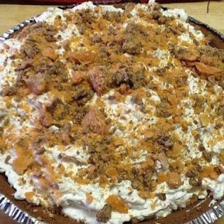 Butterfinger Cheesecake Pie - Only 4 Ingredients! Recipe