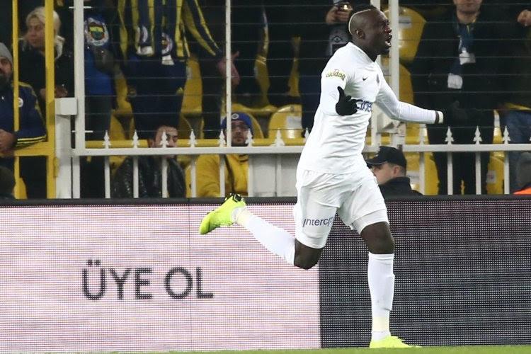 OFFICIEL !  Le FC Bruges ajoute un attaquant à son effectif