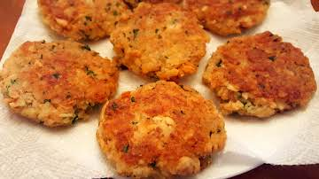 Crispy Salmon Patties