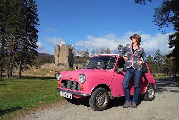 1989 Sky Rose Pink Mini in Scotland | Krys Kolumbus Travel