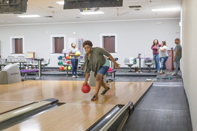 Fayetteville remote meetup bowling