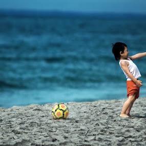 playing fotball by Agus Stiawan - Babies & Children Children Candids