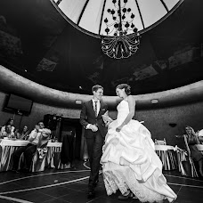Wedding photographer Aleksey Efimov (alekseyefimov). Photo of 26.04.2014