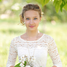 Wedding photographer Yulka Iyunskaya (July-june). Photo of 28.04.2016