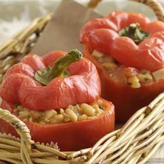 Peppers Stuffed with Turkey and Beans