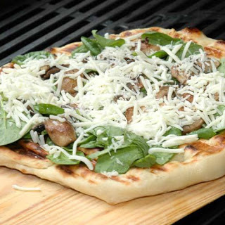 Grilled Pizza with Spinach, Mushrooms, and Garlic Olive Oil Blend