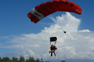 Photo: Christophe à l'atterrissage en Tandem