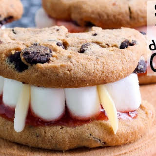 Super-Fast Vampire Dentures Cookies.