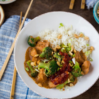 Slow-Cooker Peanut Chicken and Broccoli