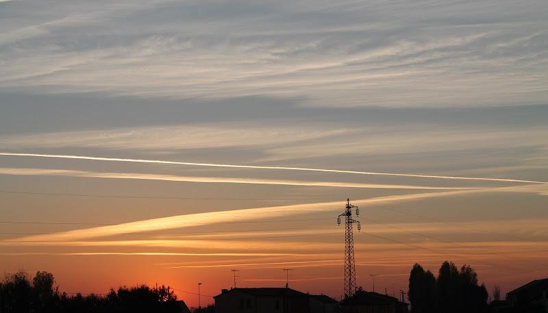 Linee sfumate nel cielo. di Federica Patalano