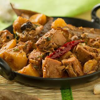 Katahal ka dopyaza – Jackfruit cooked with onions