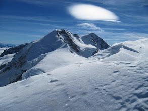 Photo: Pogled na oddaljeni Lyskamm - najin naslednji cilj.